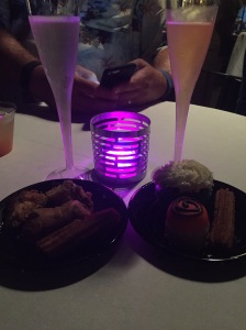 JR Food & Wine champagne